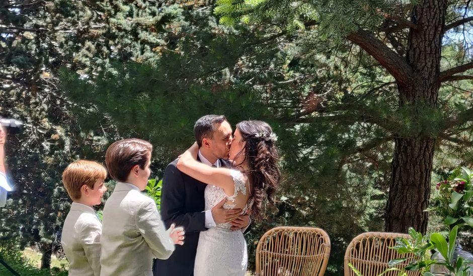 La boda de Mario y Isabel  en Lozoya Del Valle, Madrid