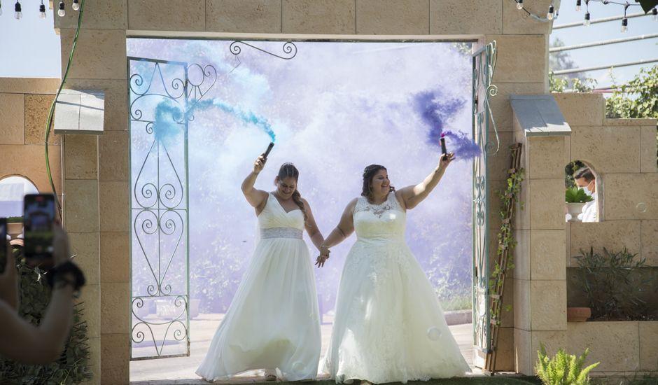 La boda de Natalia y Bea en Valencia, Valencia