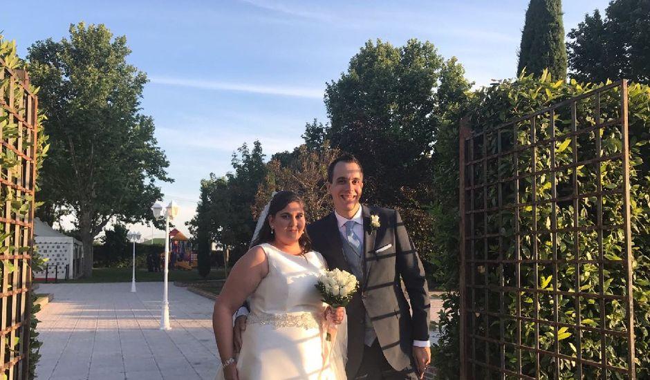 La boda de Borja y Marta en Madrid, Madrid