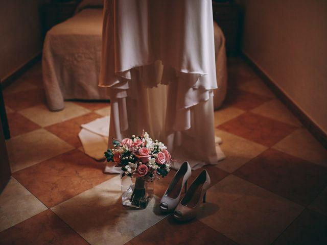La boda de Jose María y Vanesa en Villanueva Del Fresno, Badajoz 4