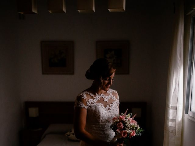 La boda de Jose María y Vanesa en Villanueva Del Fresno, Badajoz 20