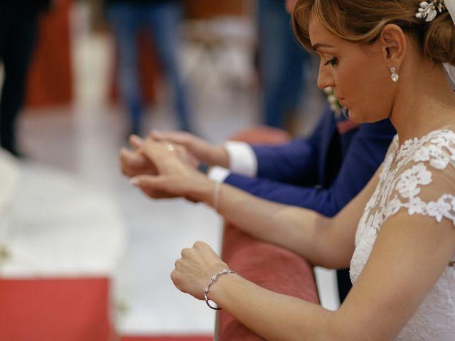 La boda de Jose María y Vanesa en Villanueva Del Fresno, Badajoz 33