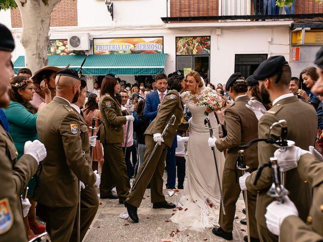 La boda de Jose María y Vanesa en Villanueva Del Fresno, Badajoz 40