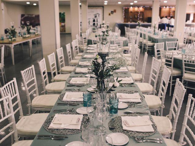 La boda de Jose María y Vanesa en Villanueva Del Fresno, Badajoz 49