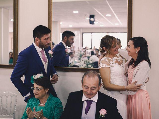 La boda de Jose María y Vanesa en Villanueva Del Fresno, Badajoz 56