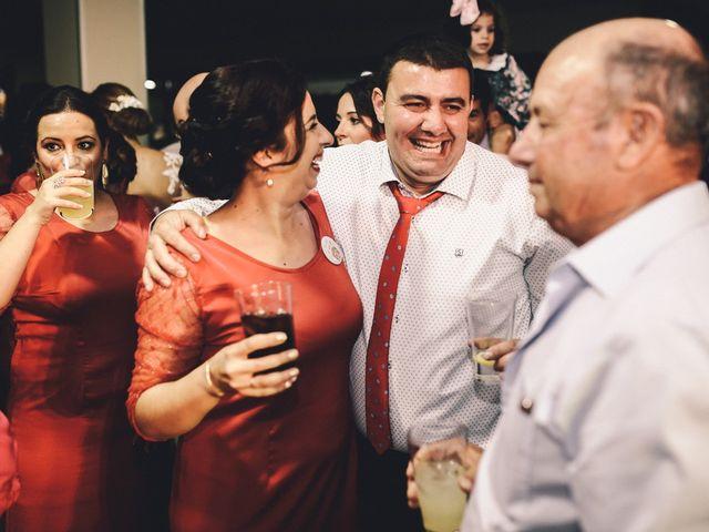 La boda de Jose María y Vanesa en Villanueva Del Fresno, Badajoz 68