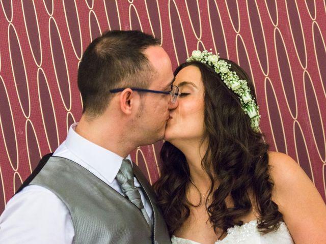 La boda de Pedro y Sara en La Carlota, Córdoba 26