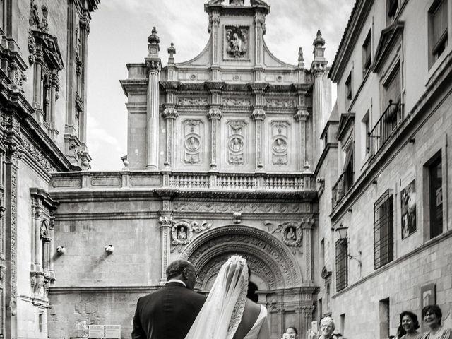 La boda de Eloy y Paola en Santomera, Murcia 23