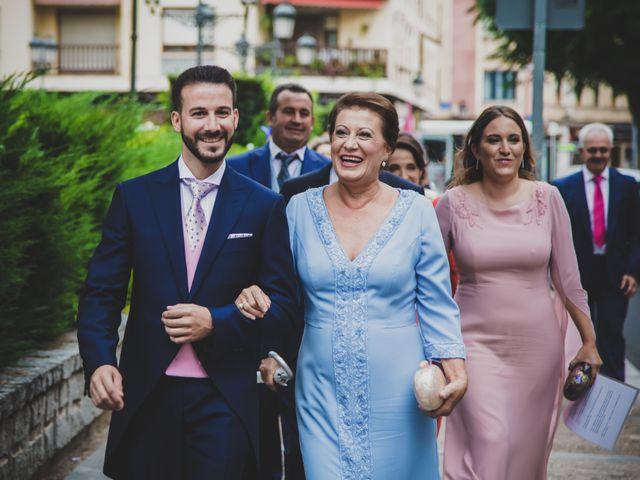 La boda de Carlos y Irene en Carrion De Calatrava, Ciudad Real 52