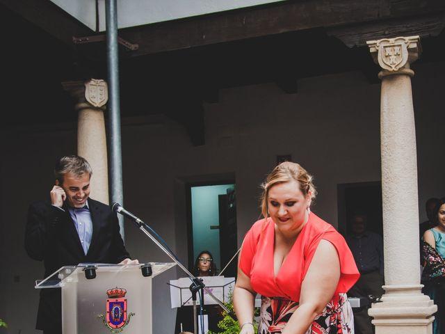 La boda de Carlos y Irene en Carrion De Calatrava, Ciudad Real 70