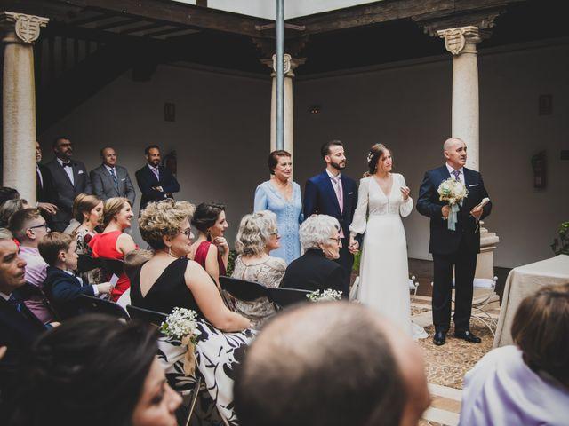 La boda de Carlos y Irene en Carrion De Calatrava, Ciudad Real 75