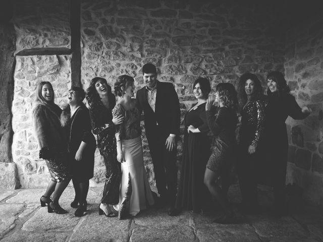 La boda de Miguel y Tamara en Muxika, Vizcaya 55