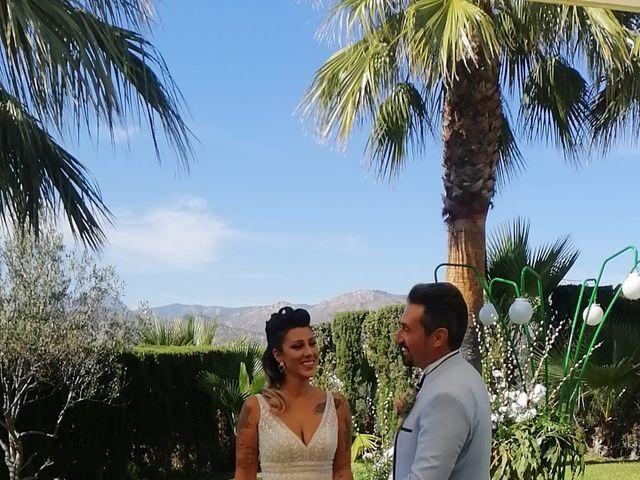 La boda de Javier  y Carla en La/villajoyosa Vila Joiosa, Alicante 8