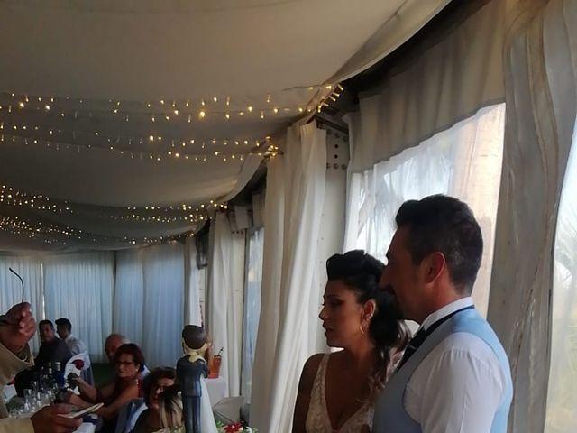 La boda de Javier  y Carla en La/villajoyosa Vila Joiosa, Alicante 21