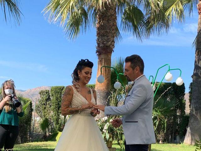 La boda de Javier  y Carla en La/villajoyosa Vila Joiosa, Alicante 35