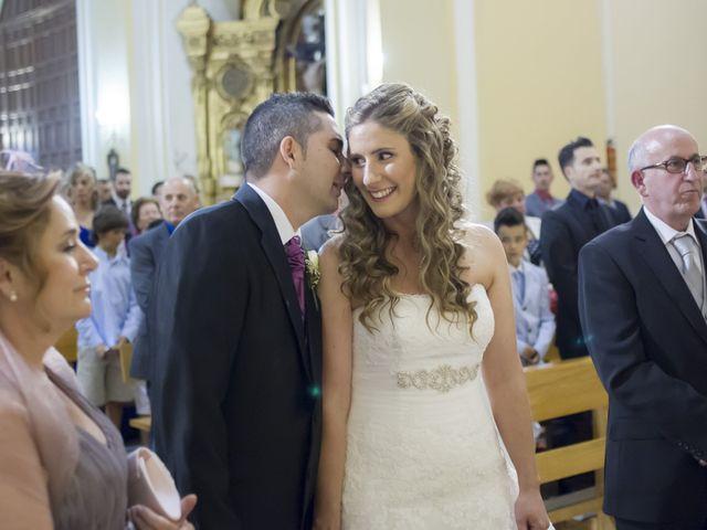 La boda de Roberto y Almudena en Fuenlabrada, Madrid 17