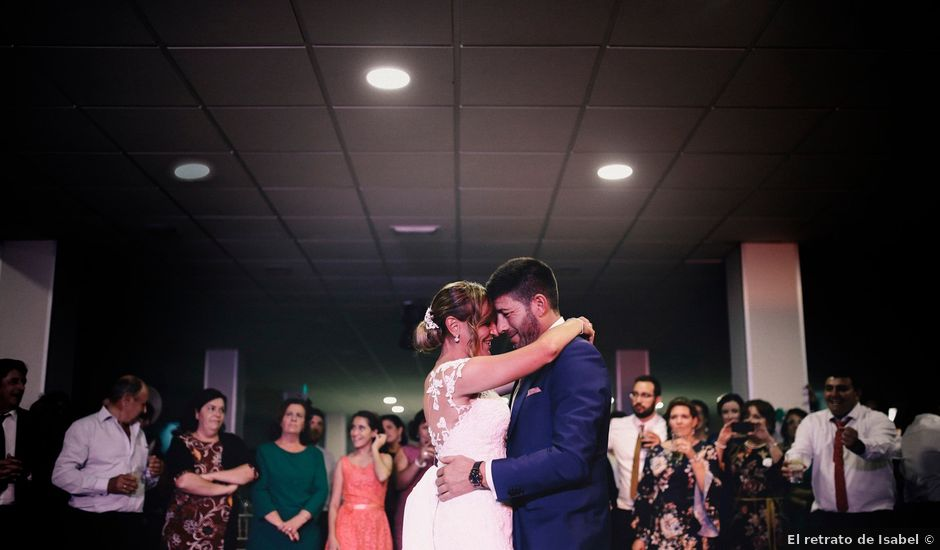 La boda de Jose María y Vanesa en Villanueva Del Fresno, Badajoz