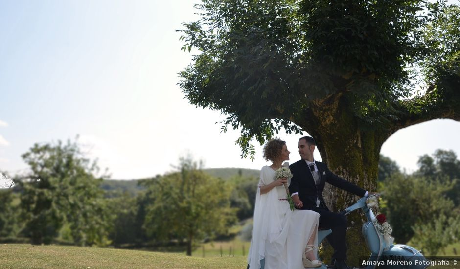 La boda de Xabi y Iosune en Mutilva Alta, Navarra