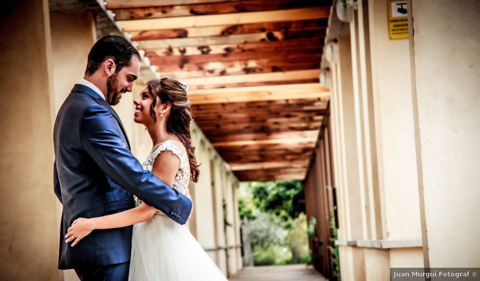 La boda de Víctor y Silvia en Oliva, Valencia
