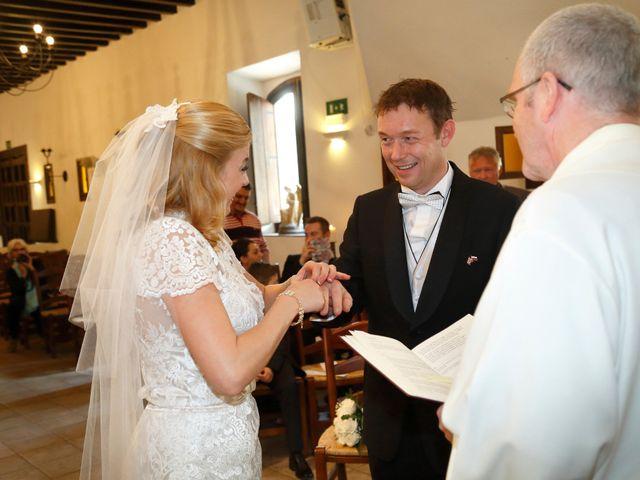 La boda de Jonh y Osana en Málaga, Málaga 11