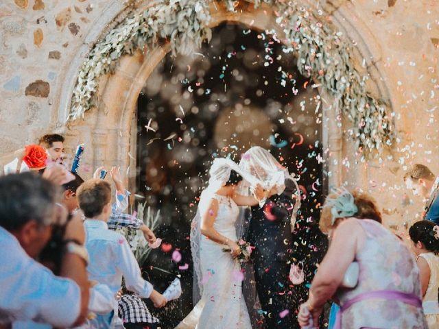 La boda de Mario  y Amparo en Valdetorres, Badajoz 4