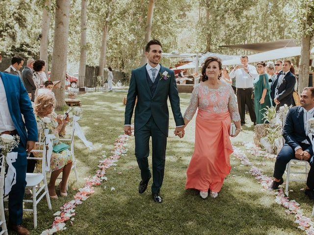 La boda de Adrián y Cristina en Torquemada, Palencia 15