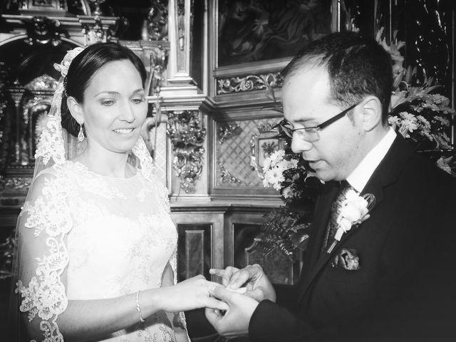 La boda de Daniel y Olga en Valdastillas, Cáceres 23
