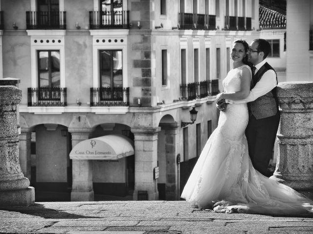 La boda de Daniel y Olga en Valdastillas, Cáceres 43