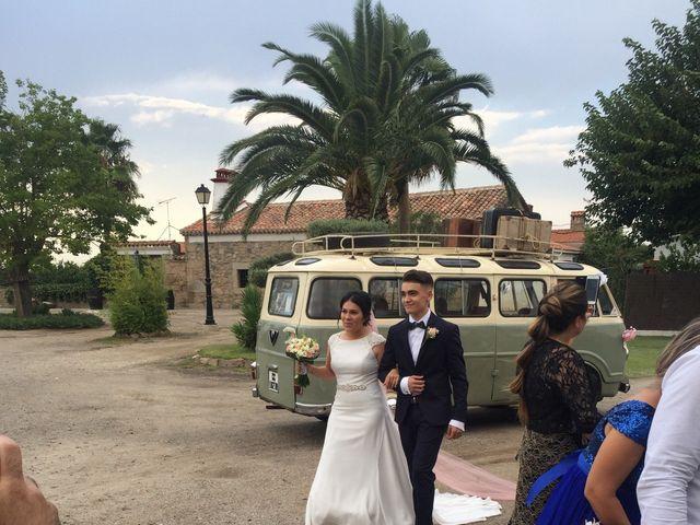 La boda de David  y Gremy  en Navalmoral De La Mata, Cáceres 6