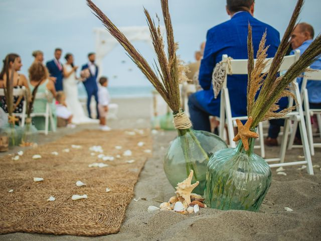 La boda de Eu. y Soraya en San Roque, Cádiz 38