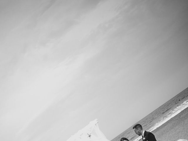 La boda de Eu. y Soraya en San Roque, Cádiz 39