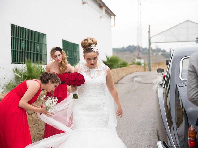 La boda de Jorge y Nayara en Alhaurin De La Torre, Málaga 33