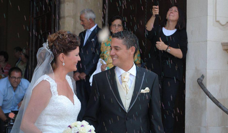 La boda de Mariló y Álvaro en Chiclana De La Frontera, Cádiz