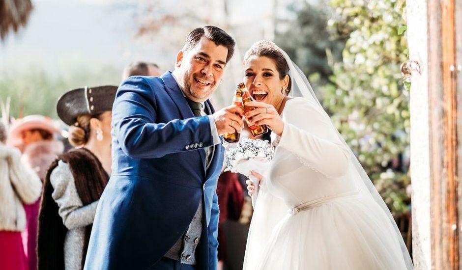 La boda de Enrique y María del Rocío en La Linea De La Concepcion, Cádiz