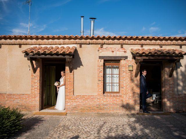 La boda de Alejandro y Marina en Hornillos De Eresma, Valladolid 13