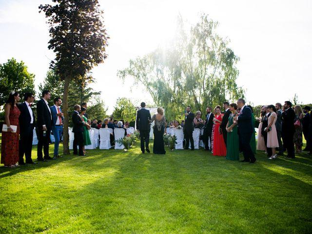 La boda de Alejandro y Marina en Hornillos De Eresma, Valladolid 15