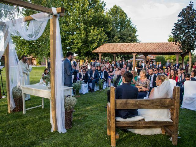 La boda de Alejandro y Marina en Hornillos De Eresma, Valladolid 17