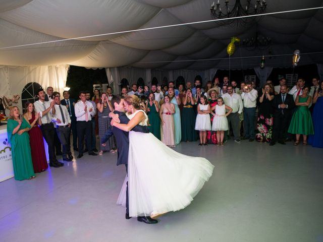 La boda de Alejandro y Marina en Hornillos De Eresma, Valladolid 27