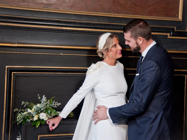 La boda de José Antonio y Elena en Jerez De La Frontera, Cádiz 28