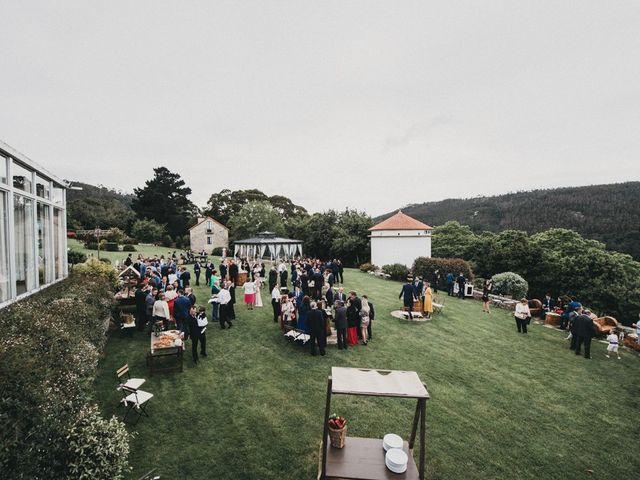La boda de Nando y Alba en Laxe, A Coruña 14