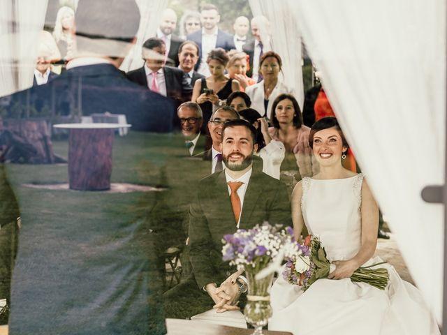 La boda de Nando y Alba en Laxe, A Coruña 33