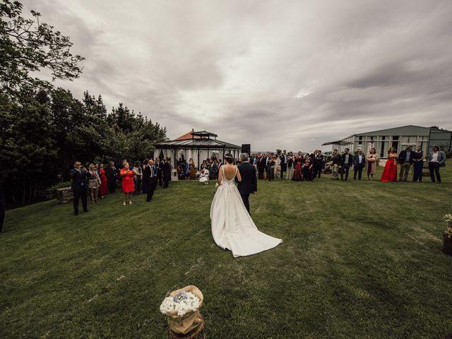 La boda de Nando y Alba en Laxe, A Coruña 37