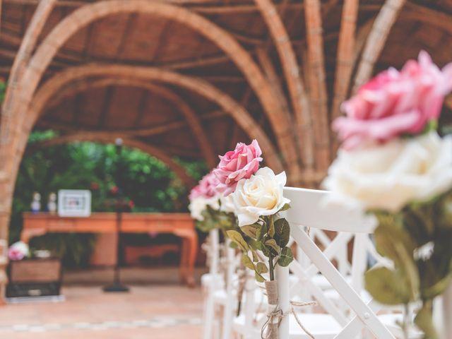 La boda de Luis Manuel y Noelia en Dénia, Alicante 17