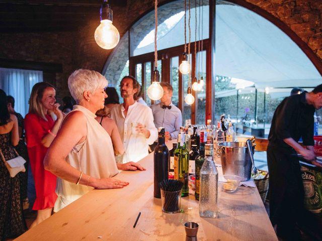 La boda de Robert y Aina en Llofriu, Girona 131