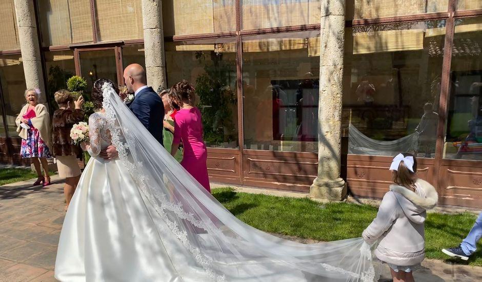La boda de Arturo  y Patricia  en Palencia, Palencia