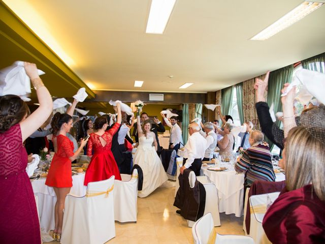 La boda de Robert y Laura en Isla, Cantabria 27
