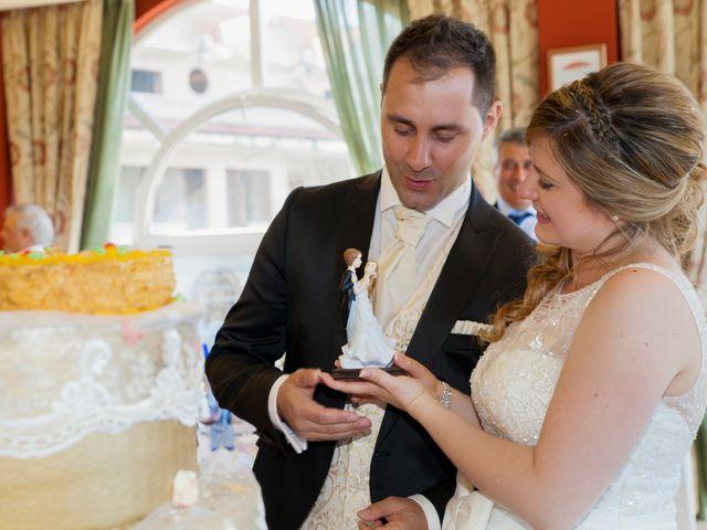 La boda de Robert y Laura en Isla, Cantabria 29