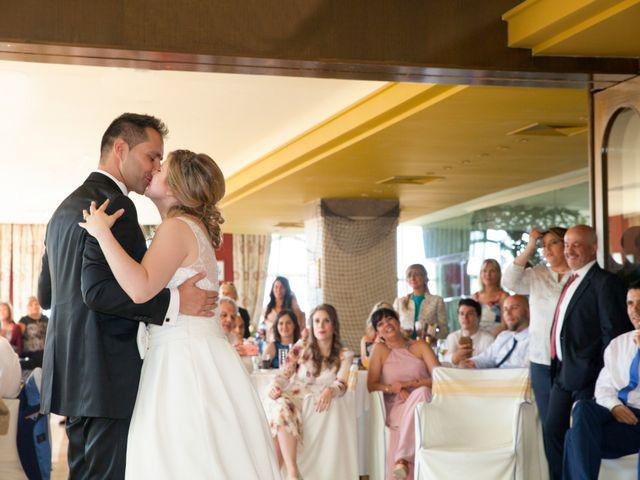 La boda de Robert y Laura en Isla, Cantabria 33