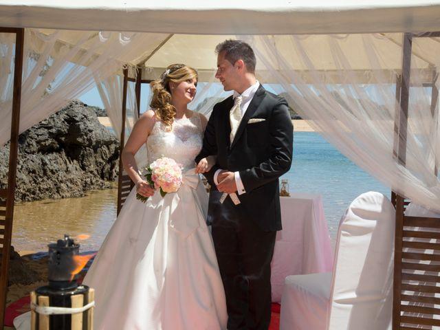 La boda de Robert y Laura en Isla, Cantabria 18