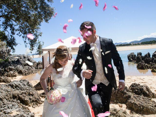 La boda de Robert y Laura en Isla, Cantabria 20